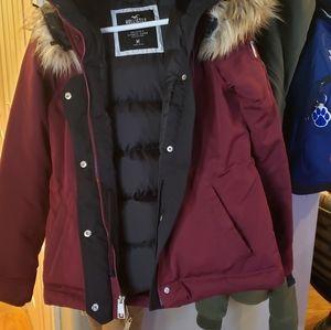 Hollister jacket parka medium brand new fur hood.